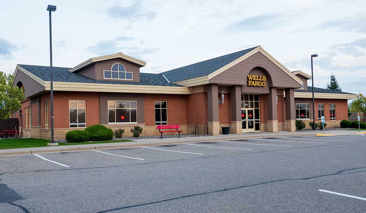 Scott Build Class A Office Space Gallery Wells Fargo Bank Buffalo Mn 2