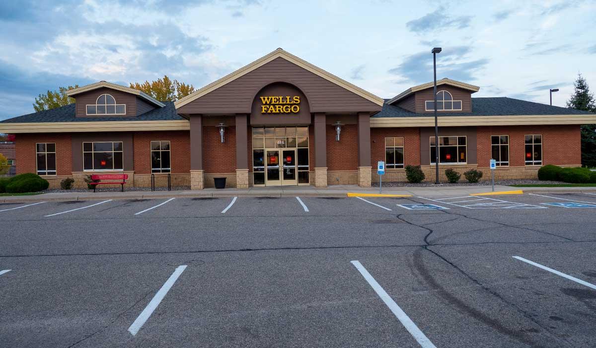 Scott Build Class A Office Space Gallery Wells Fargo Bank Buffalo Mn 3